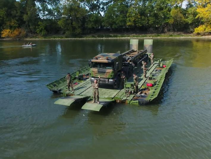 Upgraded Motorized Floating Bridge: the solution for tactical crossing requirements
